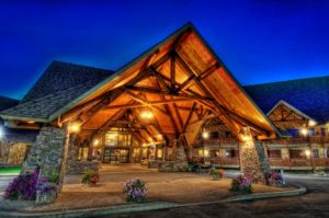 elk-ridge-resort-front-of-lodge-2